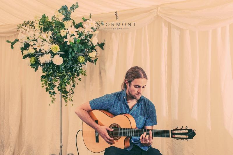 bedfordshire wedding spanish music guitar guitarists garden music